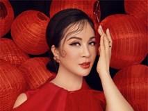 MC Thanh Mai khoe vẻ đẹp bên đèn lồng