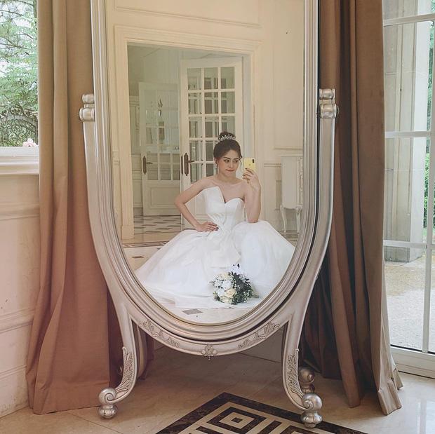 Phương Nga đăng ảnh diện váy cưới xinh ngút ngàn, khiến fan rần rần hối thúc chuyện cưới xin với Bình An-2