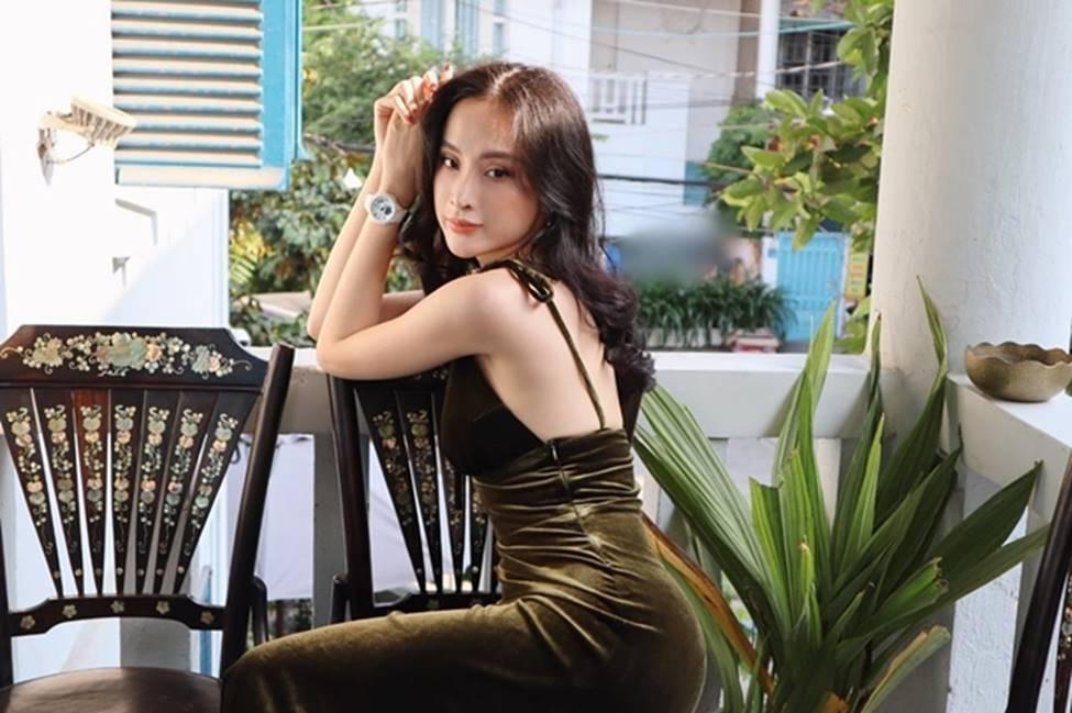 Angela Phương Trinh hết khoe thân, em ruột 23 tuổi lại ngày càng táo bạo-6