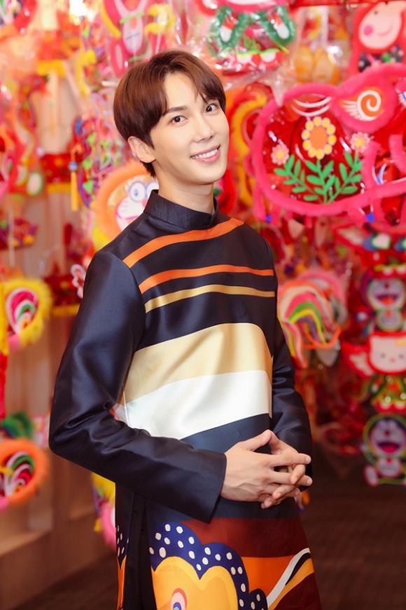 Hari Won dạo phố Trung Thu cùng tài tử Park Jung Min-10