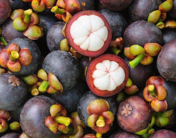 Mách chị em cách chọn hoa quả ngon để cúng Rằm tháng 8-3