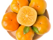 Mách chị em cách chọn hoa quả ngon để cúng Rằm tháng 8