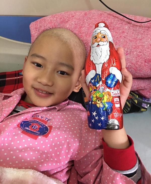 Bé trai 6 năm chiến đấu ung thư: Có thuốc nào cho con ngủ mãi không?-3