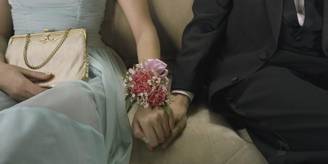 Mỗi khi giúp việc bưng bát thuốc Bắc vào phòng, tôi ám ảnh và phải nén cơn buồn nôn vì bản hợp đồng tiền hôn nhân-1