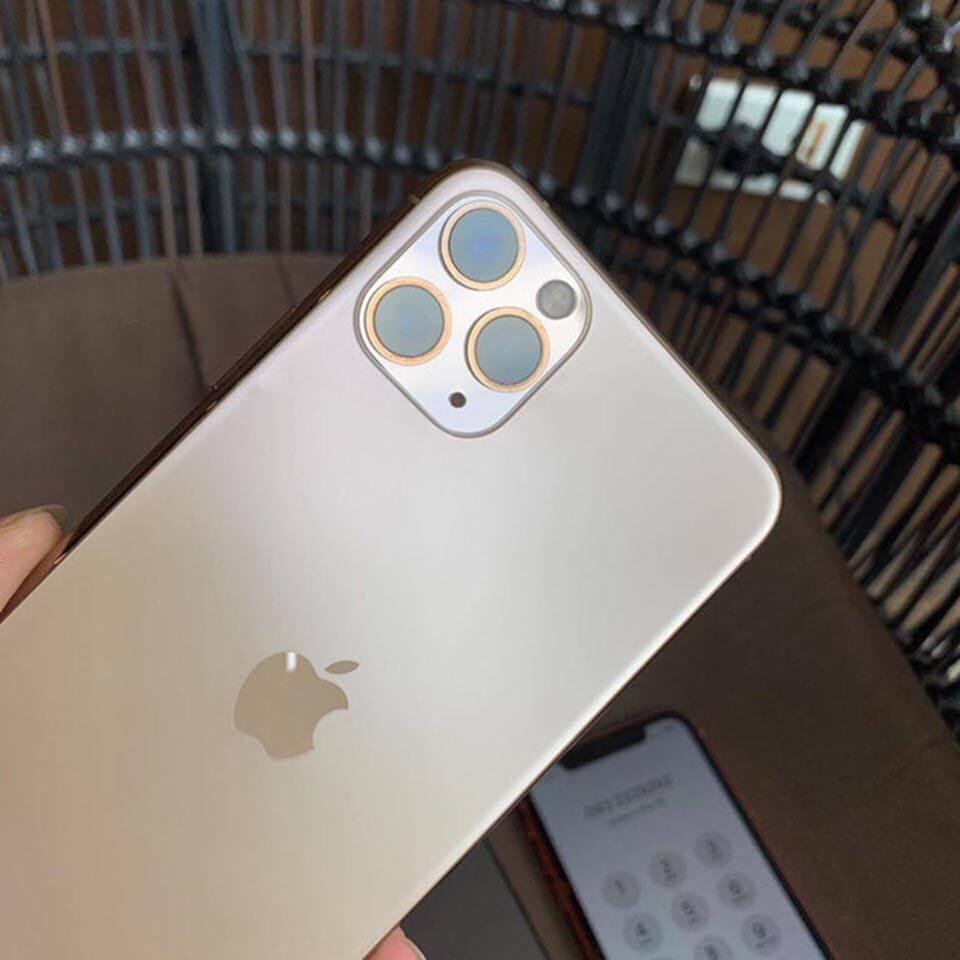Một người Việt đã có đủ 3 chiếc iPhone mới dù Apple chưa mở bán-2