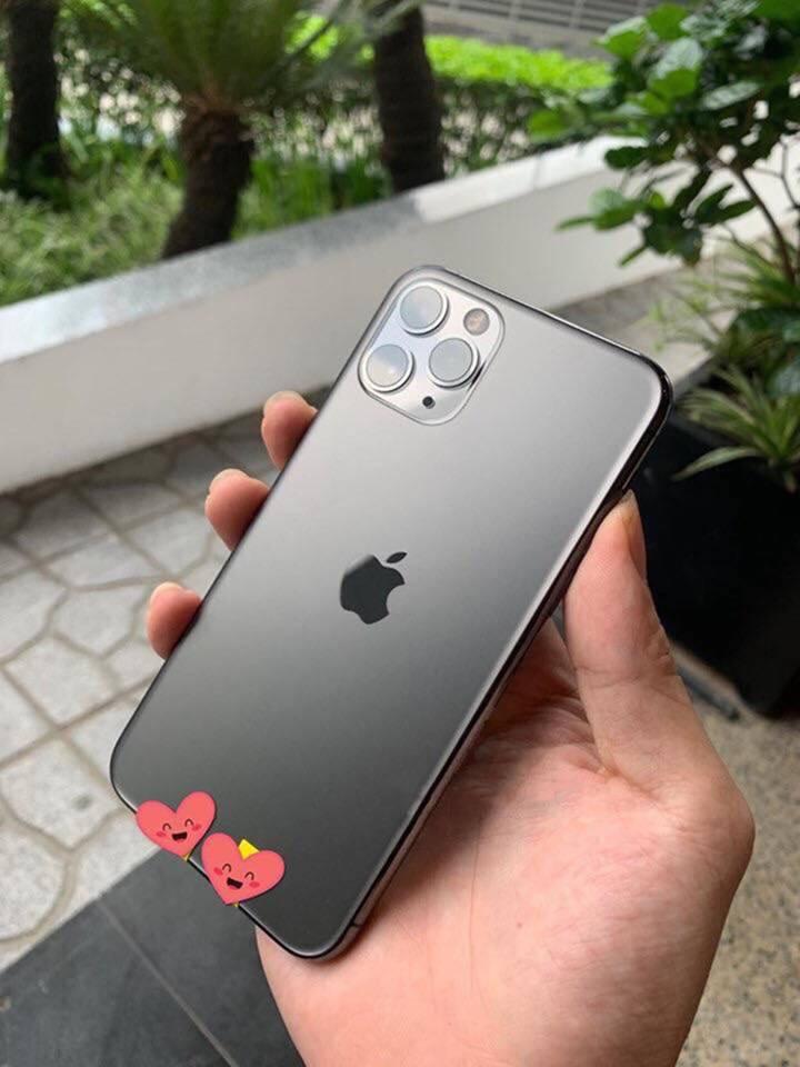 Một người Việt đã có đủ 3 chiếc iPhone mới dù Apple chưa mở bán-5