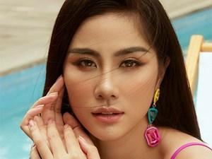 Hoàng Hạnh mặc gợi cảm, vướng nhiều tranh cãi trước khi thi Miss Earth
