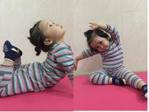 Bé 2 tuổi với 1001 tư thế tập yoga khiến dân mạng phì cười vì quá đáng yêu