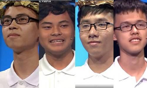 Bốn nam sinh tranh tài tại chung kết Olympia năm thứ 19-1