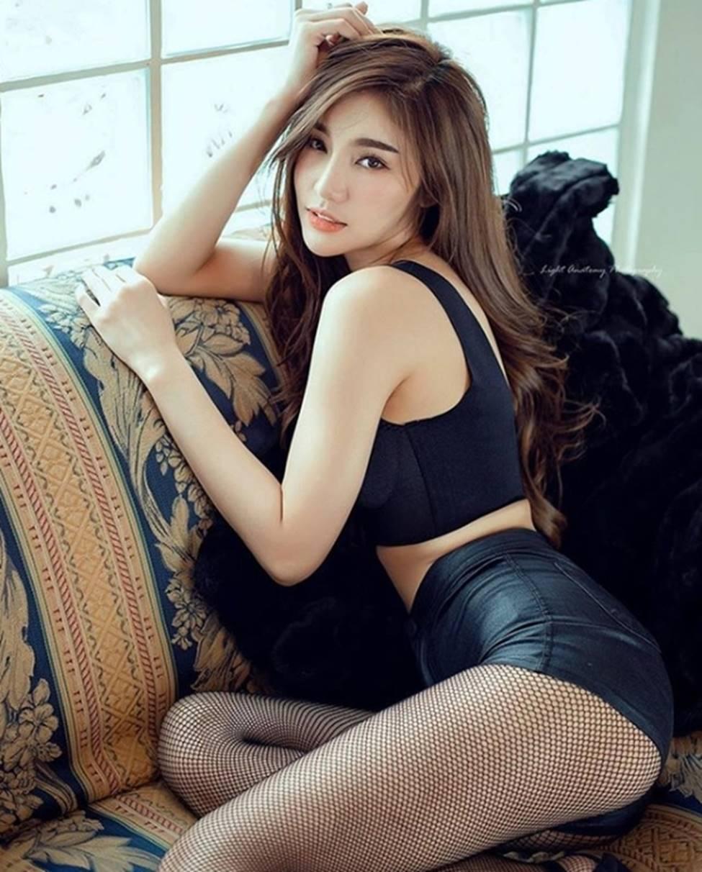 Thiên thần triệu fan Thái Lan mặc quá đỗi gợi cảm, khiến nam giới phải ngẩn ngơ-9