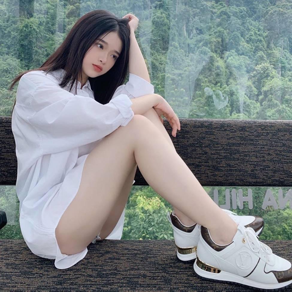 Linh Ka tuổi 17, nhan sắc thăng hạng body nảy nở đến ngỡ ngàng-7