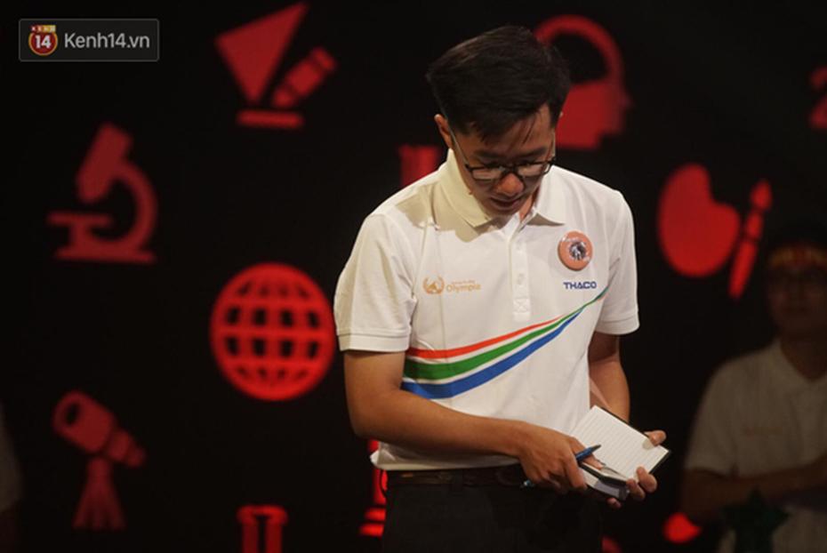 Nắm giữ đến 3 trong 4 kỷ lục Olympia 2019, Nguyễn Bá Vinh tiếc nuối khi không giành chiến thắng tại trận chung kết năm-1
