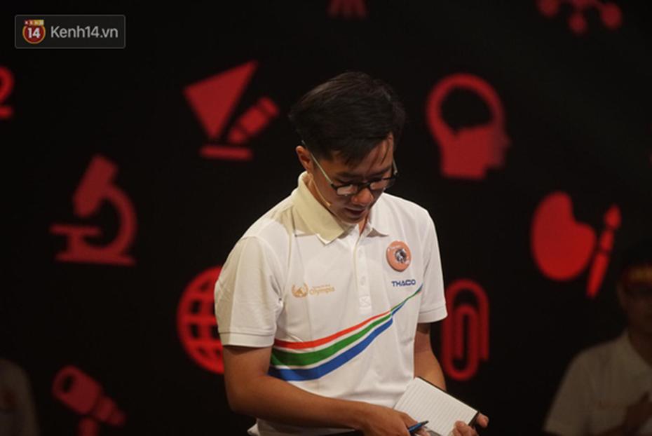 Nắm giữ đến 3 trong 4 kỷ lục Olympia 2019, Nguyễn Bá Vinh tiếc nuối khi không giành chiến thắng tại trận chung kết năm-2