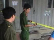 Hà Nội: Chồng dùng xăng đốt chết vợ trong thùng container rồi tự thiêu, nghi mâu thuẫn tình cảm