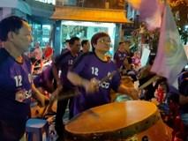 Hàng Đẫy bị treo sân, CĐV Hà Nội vẫn có cách tiếp lửa trận đấu đầy tình yêu và đam mê thế này