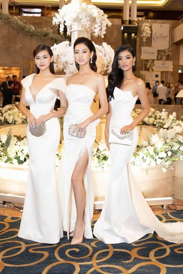 Top 3 Miss World Việt Nam tiếp tục 'đốt mắt' fan với đường cong nuột nà-2