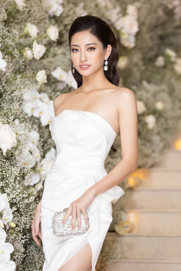 Top 3 Miss World Việt Nam tiếp tục 'đốt mắt' fan với đường cong nuột nà-4