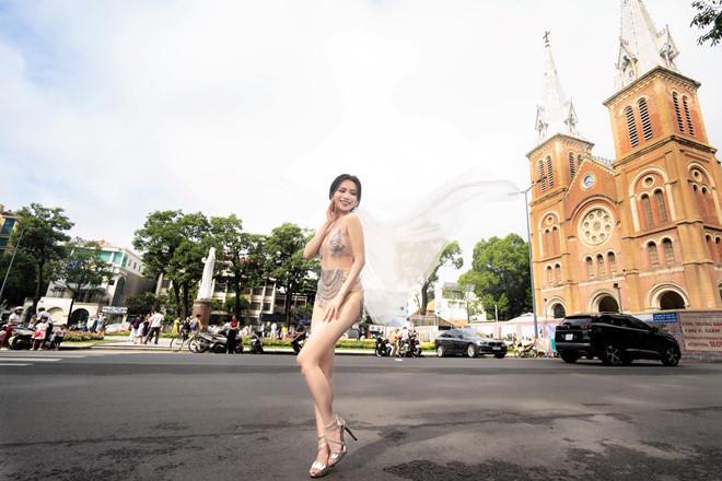 Mỹ nhân cao 1,55m sexy nhất showbiz Việt sự nghiệp mờ nhạt, mặc hở hang, nhiều tai tiếng-3