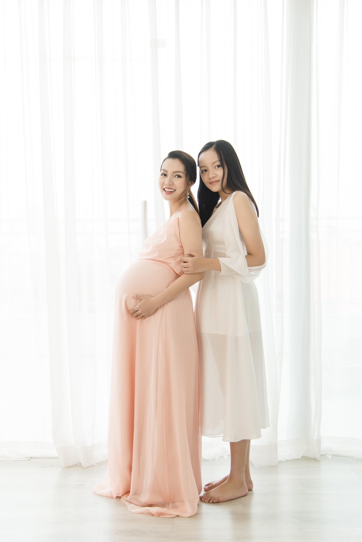 Ca sĩ Ngọc Anh chính thức sinh con sau 12 năm đổ vỡ hôn nhân-7