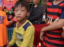 Em trai kể lại khoảng khắc đau lòng 2 chị bị điện giật chết trên đường đi học