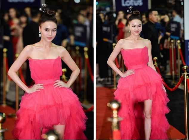 Đụng hàng với nữ ca sĩ Bảo Anh, Ninh Dương Lan Ngọc chỉ nhờ chi tiết điểm xuyết này mà trở thành nữ hoàng thảm đỏ Lotus-1