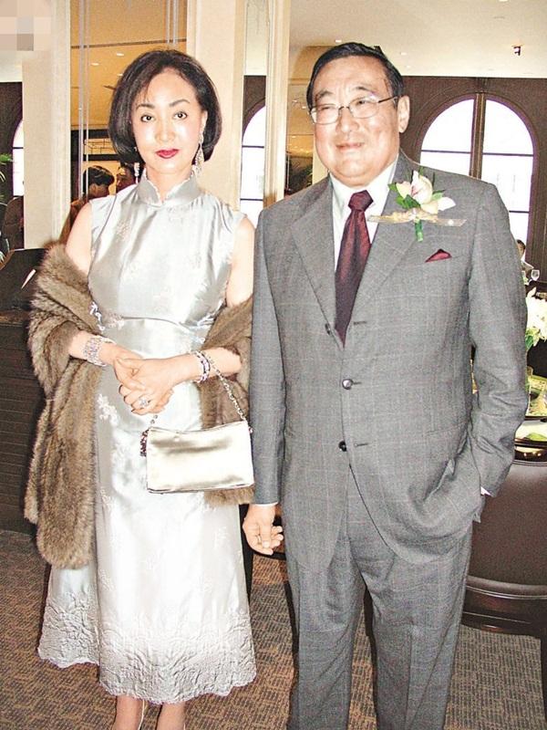 Bị chồng tỷ phú phản bội suốt 43 năm vẫn âm thầm chịu đựng, ai ngờ đó lại là chiêu cao tay giúp người phụ nữ đẹp nức tiếng này có được gia sản 33 nghìn tỷ-3