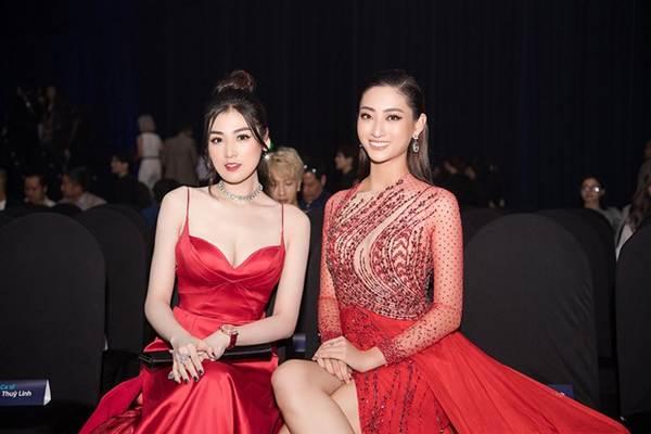 Hoa hậu Lương Thuỳ Linh diện váy xuyên thấu gợi cảm, tự tin đọ sắc các đàn chị-4