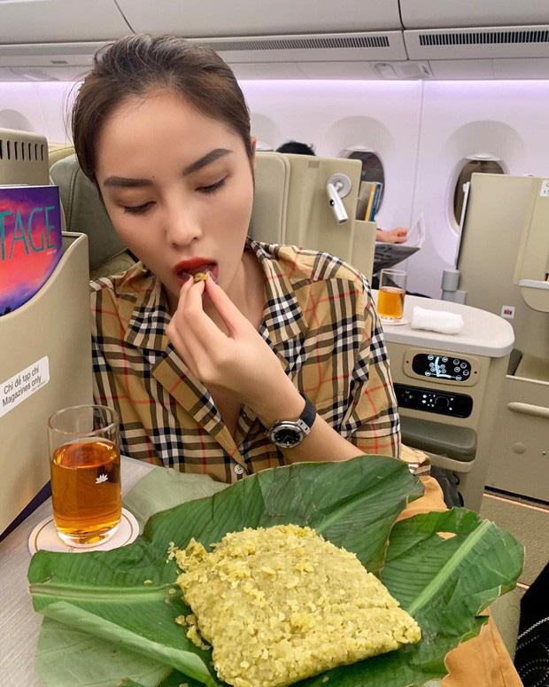 """Ra Hà Nội lần 2 trong mùa thu, Kỳ Duyên phục thù"""" ăn bằng được đặc sản này đúng kiểu rồi mới an tâm về Sài Gòn-4"""