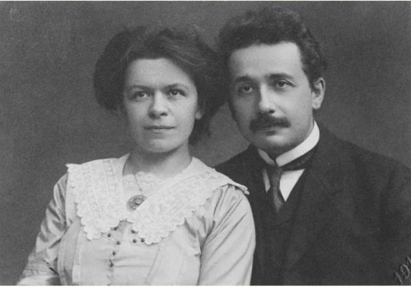 Người con trai út bị lãng quên của thiên tài Albert Einstein: Tư chất thông minh nhưng kết cục bi thảm và nỗi ám ảnh day dứt của người cha-1