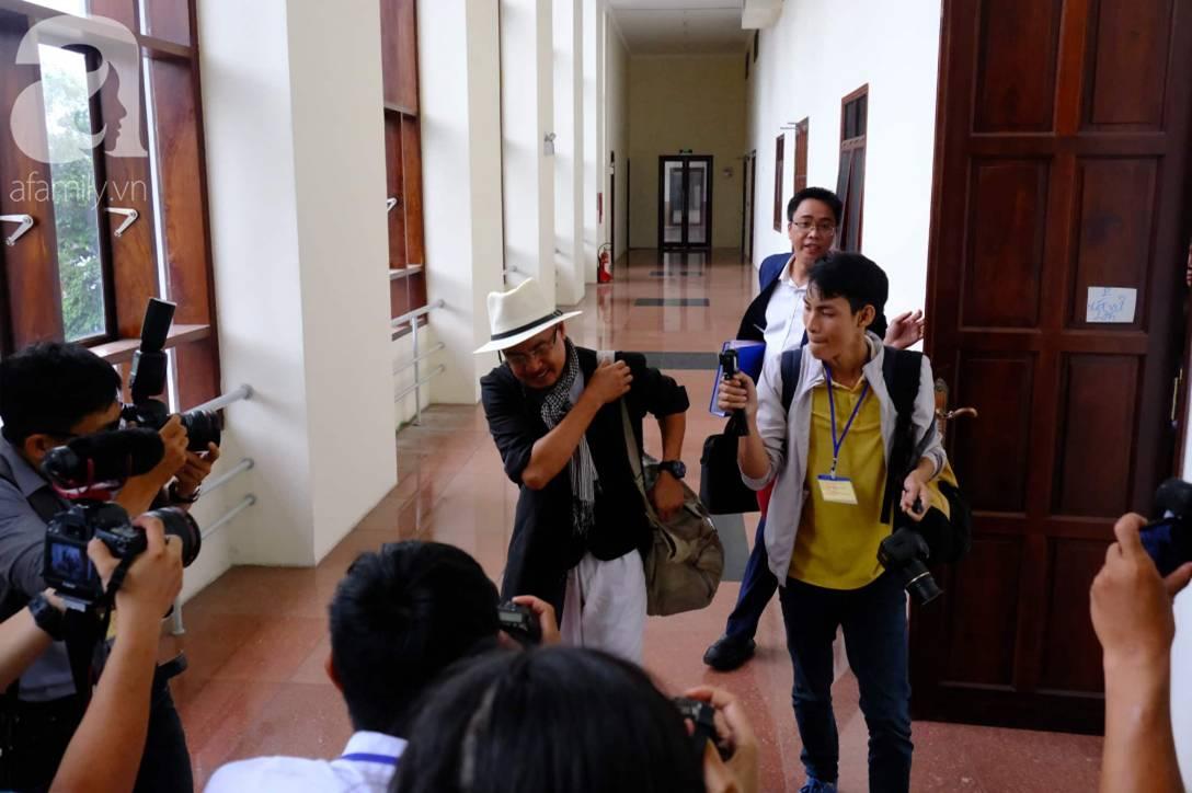 NÓNG: Bà Thảo vắng mặt trong phiên tòa ly hôn nghìn tỷ, ông Vũ cho biết không muốn nhắc đến chuyện gia đình-3
