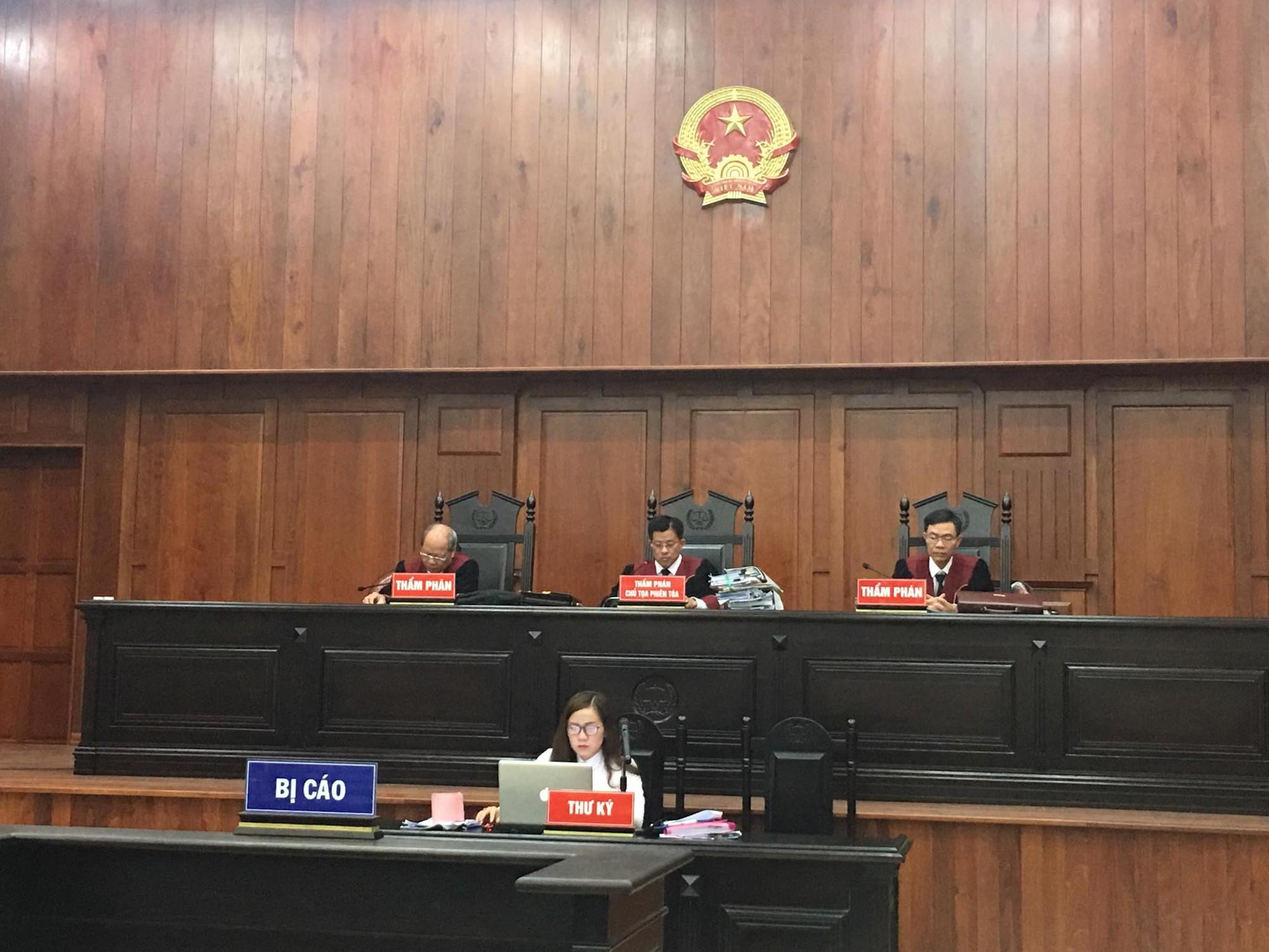 NÓNG: Bà Thảo vắng mặt trong phiên tòa ly hôn nghìn tỷ, ông Vũ cho biết không muốn nhắc đến chuyện gia đình-10