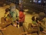 Hà Nội: Xôn xao clip cô giáo mầm non vật ngửa trẻ, ép ăn liên tục dù bé chưa kịp nuốt-2