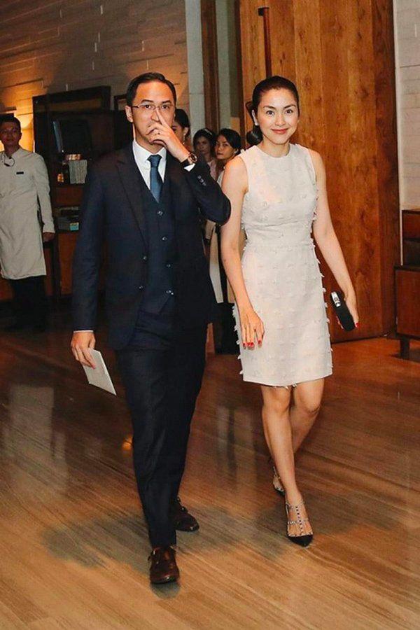 Trước tin đồn hôn nhân rạn nứt, Tăng Thanh Hà và chồng luôn ăn mặc tinh tế và đồng điệu-14