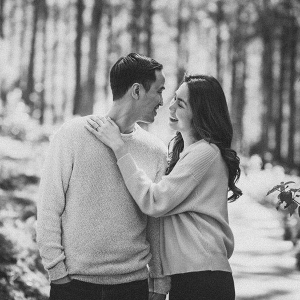 Trước tin đồn hôn nhân rạn nứt, Tăng Thanh Hà và chồng luôn ăn mặc tinh tế và đồng điệu-4