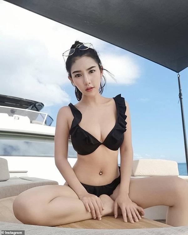 Hotgirl nổi tiếng Thái Lan được tìm thấy đã chết, camera giám sát ghi lại hình ảnh cô bị kéo lê vào thang máy trong tình trạng bất tỉnh-3