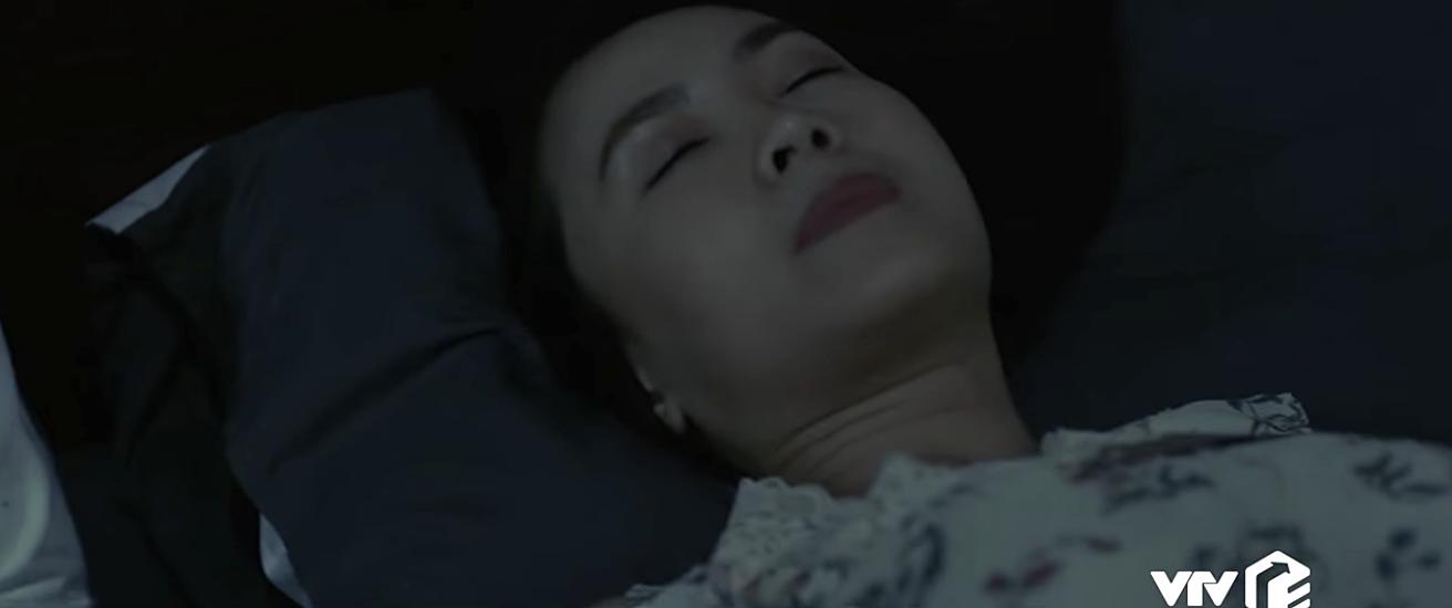 Hoa hồng trên ngực trái có biến: Fan hoang mang tột độ xem cảnh Thái tình tứ với vợ giữa đêm-2