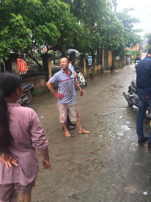 Nạn nhân sống sót trong vụ anh sát hại cả gia đình em trai khóc từ đầu làng đến tận nhà khi nghe tin con gái và bố mẹ chồng đã mất-1