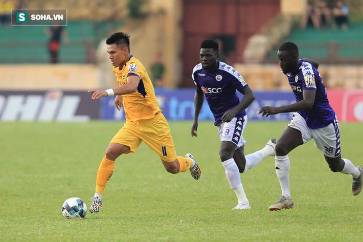 Vũ khí bí mật của thầy Park lập công, Hà Nội FC chính thức lên ngôi vô địch V.League-2