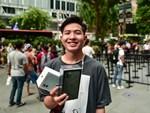 Các Youtuber Việt Nam đua nhau review iPhone 11 ngay và luôn tại Apple Store Singapore-5