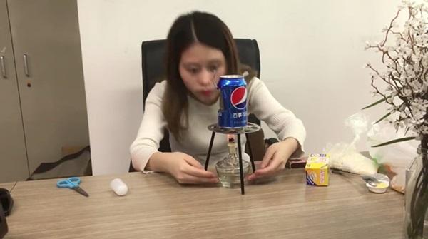Bé gái tử vong vì bắt chước làm bỏng ngô, Thánh ăn công sở phải bồi thường-2
