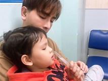 Thu Thủy xót xa khi con trai nhập viện, nhưng cư dân mạng lại chú ý chi tiết về chồng trẻ kém 10 tuổi