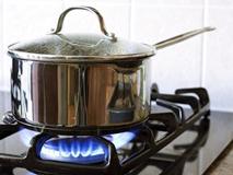 Dùng bếp gas cứ làm theo cách này: Vừa an toàn tuyệt đối lại tiết kiệm tiền triệu mỗi năm