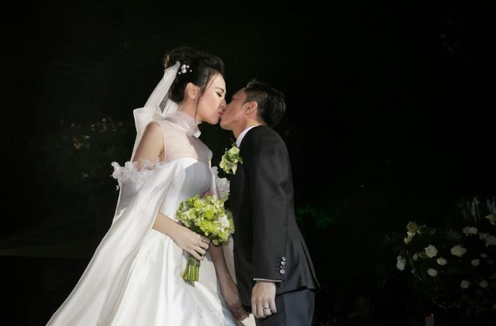 Gần 2 tháng kết hôn, Cường Đô La tung hàng nóng về đám cưới với Đàm Thu Trang-1