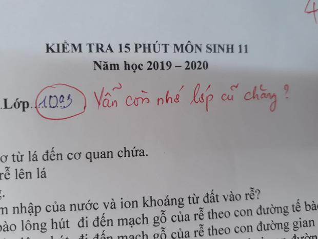 Cô giáo thu về 50 nghìn like chỉ nhờ một lời phê vài bài kiểm tra, đọc vào mới biết lỗi này trò nào cũng mắc phải đôi ba lần-1