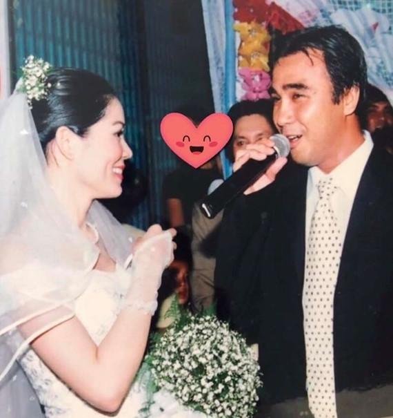 Ảnh cưới hiếm của nghệ sĩ Hoài Linh, Thu Minh và các sao Việt-6