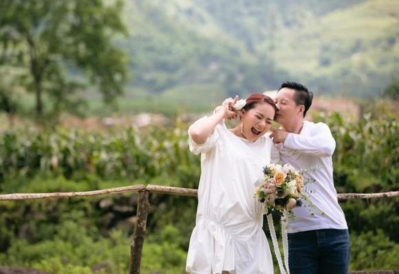 Nhá hàng lung linh nhưng cuối cùng Phan Như Thảo lại tung bộ ảnh cưới đơn giản đến bất ngờ-3