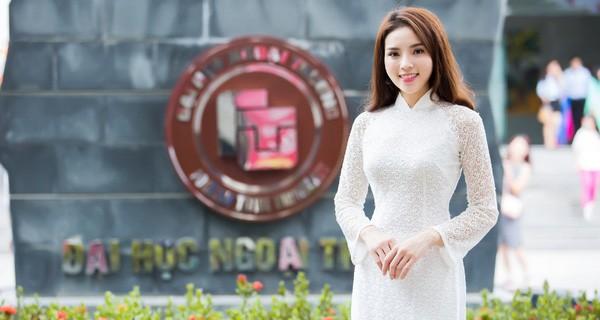 """Soi học vấn của dàn Hoa hậu đình đám Vbiz: Người chiến tích"""" khoe mãi không hết, người gây tiếc nuối vì còn dở dang!-22"""