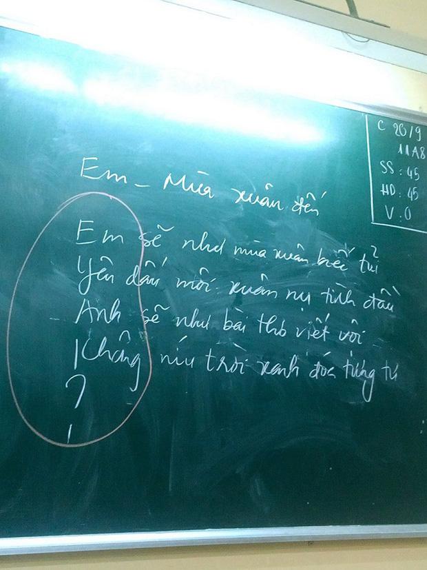 Phì cười trước cách cô giáo chỉ học trò cưa đổ crush bằng thơ, đảm bảo đổ liền trong 5s-1