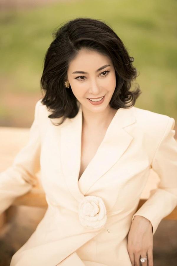 Hoa hậu có xuất thân khủng nhất Việt Nam: Cuộc đời long đong lận đận, trải qua sóng gió mới tìm thấy hạnh phúc-1
