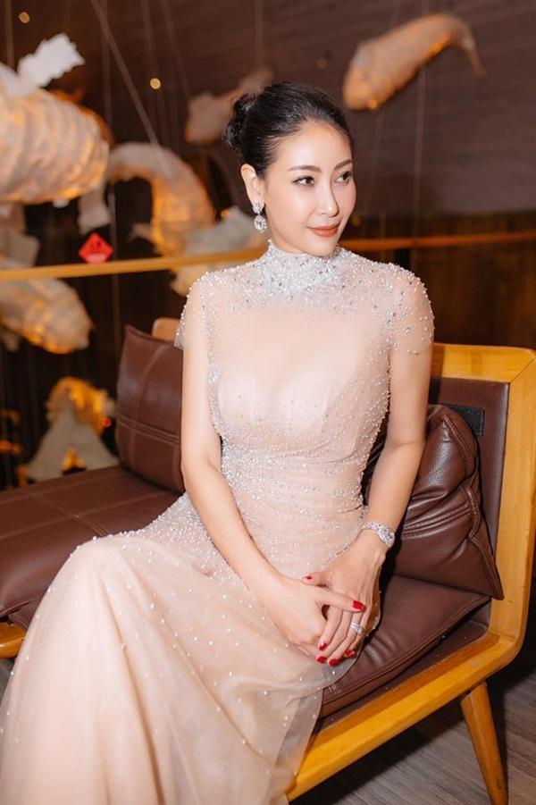 Hoa hậu có xuất thân khủng nhất Việt Nam: Cuộc đời long đong lận đận, trải qua sóng gió mới tìm thấy hạnh phúc-13
